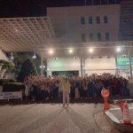 FTISLANDイ・ホンギ、入隊D-1、最後のミュージカル公演を終えてファンとの認証ショット公開!