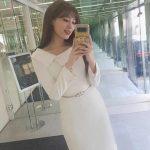 """<トレンドブログ>「KARA」出身ホ・ヨンジ、ホワイトワンピース着て美貌更新…パク・ナレ感嘆""""新婦かと"""""""