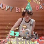 「防弾少年団(BTS)」JUNG KOOK、メンバーと誕生日パーティー!  世界中のファンがお祝い