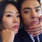 """KangNam、イ・サンファ""""プレ夫婦""""…顔をくっつけツーショット公開、似ていくカップル"""