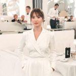 ソン・ヘギョ、優雅なホワイトスーツで美しい存在感…ニューヨーク・ファッション・ウィーク出席