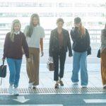 「PHOTO@ソウル 」TWICE、輝くビジュアルで出国…札幌公演のために日本へ