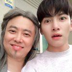 俳優チ・チャンウク、驚き顔もイケメン…ユニークなあいさつでファン魅了