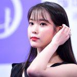 """「全文」IU、11月1日にアルバム発売延期…""""悩んだが時間が必要"""