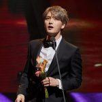 キム・ジェジュン、中国のアジア新曲チャート授賞式で「海外人気歌手賞」を受賞