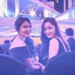 スヨン&ユナ、「青龍映画賞」で再会した少女時代