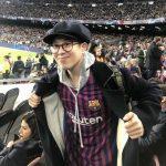 <トレンドブログ>「Block B」ピオ、かわいいサッカーおたく…バルセロナのユニフォーム着てサッカー観戦