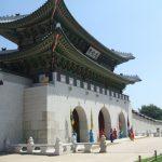 「コラム」連載 康熙奉(カン・ヒボン)のオンジェナ韓流Vol.96「景福宮の正門の向きは?」