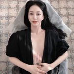 """女優ハン・イェスル、胸の谷間に大胆なタトゥー""""セクシー美爆発"""""""