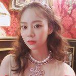 """<トレンドブログ>「KARA」出身ハン・スンヨン、蠱惑的な女王様美貌..""""誰がセルフィー講座してください"""""""