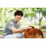 """ユン・シユン、少年のような眼差しと輝く笑顔""""撮影中のビハインドカットに胸キュン"""""""