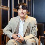 """俳優イ・シオン、""""ソ・イングク、涙を流した私に「うまくいく」と激励"""""""