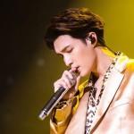 LAY(EXO)、ニューシングル「外婆」公開…初のソロツアーも成功