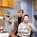 ジュンス(JYJ)、「ラジオショー」でトークと歌の腕を披露=10年ぶりの出演に情熱が爆発