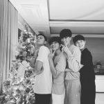 俳優チェ・ウシク、パク・ソジュン、防弾少年団(BTS)V、ラッパーPeakboyとの特別なクリスマス写真公開