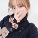 """<トレンドブログ>""""すっぴんも清楚""""..女優ユン・ウネ、女子大生のような童顔美貌"""