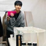 <トレンドブログ>イ・スンギ、ファンからのタンブラーのプレゼントにほっこり…寒さを溶かす好男子ビジュアル