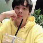 <トレンドブログ>「TEENTOP」チョンジ、黄色いフードパーカー着てかわいいビジュアル☆…変わらない少年美