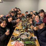 イ・ハニ、「SBS演技大賞」8冠のドラマ「熱血司祭」の会食を公開、「2020年も笑顔でいられますように」