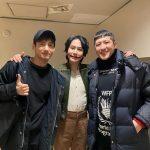 東方神起チャンミン、SUPER JUNIORキュヒョン主演ミュージカル「笑う男」を訪れて激励
