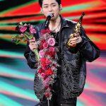 ジコ(ZICO)、「ゴールデンディスクアワード」ベストR&Bヒップホップ賞を受賞…「Extreme」をテレビ初公開