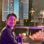 俳優チェ・ウシク、「SAGアワード」で登壇のブラッド・ピットとツーショット?