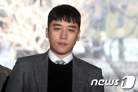 "V.I(元BIGBANG)の事件に関し CNNは""K-POPのクリーンなイメージに疑問符"""
