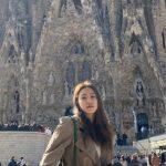 <トレンドブログ>「Red Velvet」イェリ、バルセロナ旅行中の近況..聖堂の美しさにも負けない美貌