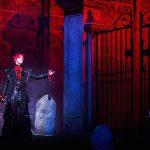 キム・ジュンス、魅惑的な「ドラキュラ」に扮する…圧倒的なアウラ