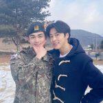 【全文】俳優チョ・ユヌ、きょう(8日)陸軍除隊…東方神起ユンホとのショット公開