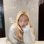 """<トレンドブログ>「少女時代」ヒョヨン、スウェグあふれる日常""""皆さん、お気をつけて"""""""