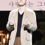 """CHEN(EXO)、""""授かり婚""""発表後はじめてファンにメッセージ 「失望し傷つく姿に…僕の心も痛かった」"""