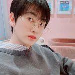 """ウニョク(SUPER JUNIOR)、SNSで少年のような美しさをアピール…デビュー15年歴の""""アイドルDNA"""""""