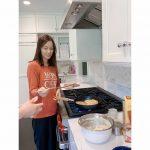 <トレンドブログ>ソン・テヨン、夫クォン・サンウと自宅でほのぼのホットクデート..素顔も美しい