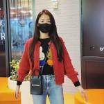 女優イ・シヨン、隠すことができない女神美…マスクをしても「清純」