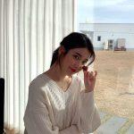 """歌手IU(アイユー)、ホワイトデー""""清純女神"""""""
