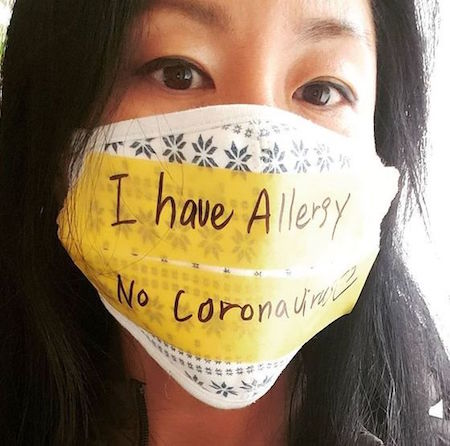 歌手イ・ジヨン、新型コロナウイルス人種差別に抗議…「マスクしてるからと蹴らないで」