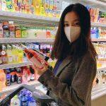 女優ペク・ジニ、マスクを突き抜けて溢れる美貌