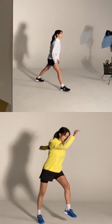 女優シン・ミナ、スニーカーを履いても美脚