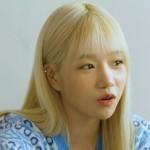 """ユリ(IZ*ONE)、「La Vie en Rose」MVで血を流しながら撮影で""""びっくり"""""""