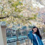 """<トレンドブログ>「AOA」ソリョン、満開の桜の花の前で胸キュン笑顔""""自己発光ビジュアル"""""""