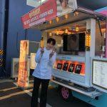 <トレンドブログ>俳優チョン・イル、コックコートもよく似合う素敵ビジュアル…かわいいピースポーズでコーヒーカーを認証