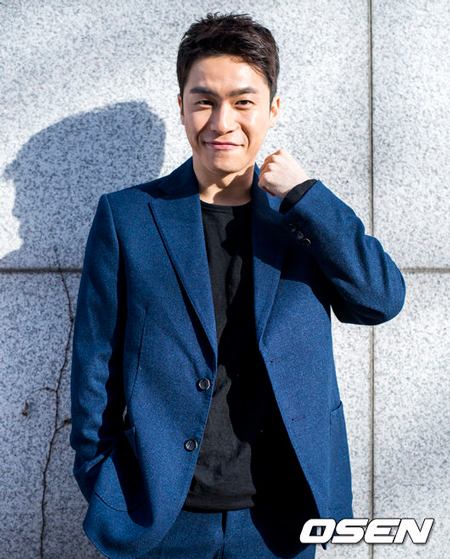 【公式】俳優のイ・ジェウォン、結婚3年目で父親に…事務所側「妻が妊娠5か月目に突入」