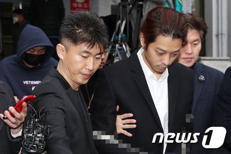 """""""性売買容疑""""チョン・ジュンヨンに罰金100万ウォンの略式命令=裁判所"""