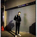 """CNBLUEイ・ジョンシン、抜群のスタイルで近況公開…""""服がどんどん小さくなる?"""""""