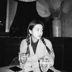 イェリ(Red Velvet)、かわいい末っ子の変身?…白黒写真でシックな魅力