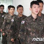 「EXO」D.O.、XIUMIN出演の陸軍ミュージカル「帰還」開幕延期...新型コロナの影響