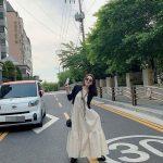 """歌手ソ・イニョン、""""スクールゾーン""""車道ど真ん中で写真撮影し物議… 事務所が公式謝罪"""