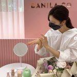 シン・セギョン、マスク姿で社会的距離の保持を率先する姿を公開…美しさも管理するビューティーアイコン