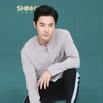 結婚発表のチョンジン(SHINHWA)、恋愛バラエティ「羨ましくなったら負けだ」にゲストとして電撃出演へ